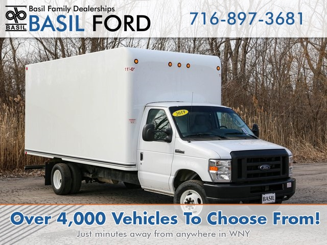 Pre-Owned 2019 Ford E-450SD Base