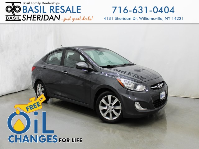 2013 Hyundai Accent Sedan >> Pre Owned 2013 Hyundai Accent Gls Fwd 4d Sedan