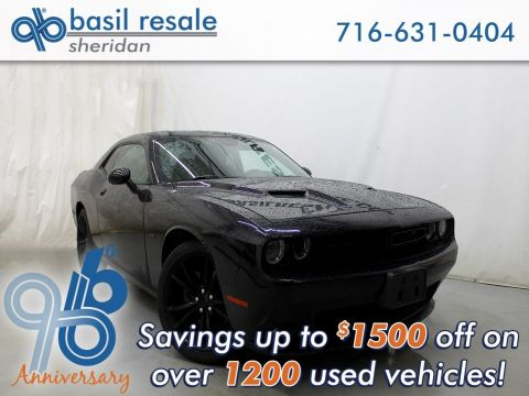Pre-Owned 2016 Dodge Challenger R/T Plus